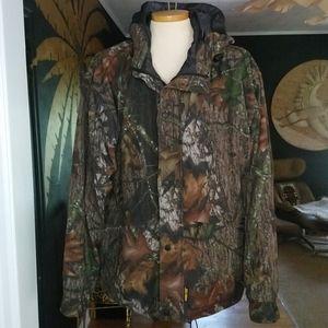 Browning/Mossy Oak Breakup Gore-Tex Hunting Jacket